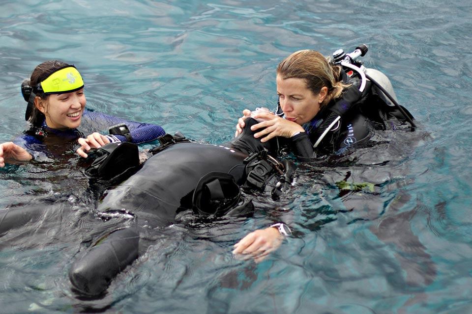 diving_dominicana_rescue_diver.jpg
